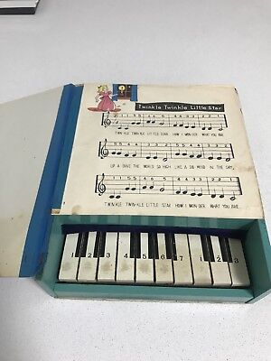 Japanese Toy Piano (late 50s-early 60s)
