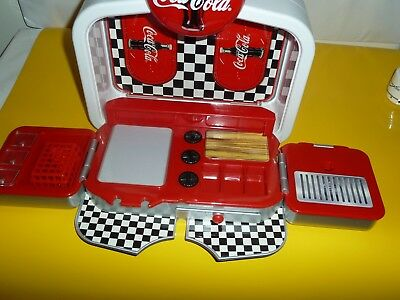 VINTAGE  Coca-Cola Boppin' Diner by Polar World 1998 Pre Owned Great Price!!!