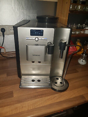 siemens eq 7 plus ctes30 kaffeevollautomat kaffeemaschine 1600w silversteel eur 45 50. Black Bedroom Furniture Sets. Home Design Ideas