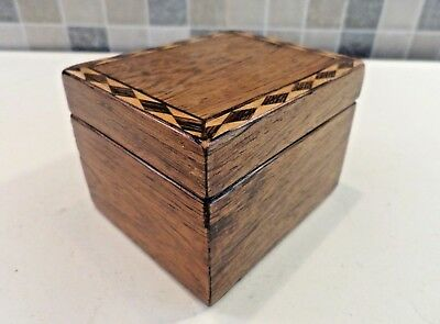 Antique Small Solid Oak Box With Inlaid Parquetry Border Ideal For Special Ring
