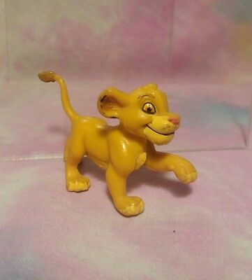 Vintage Disney Lion King Baby Young SIMBA Cub Running PVC Figure 1994 Applause
