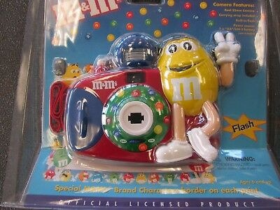 M&M's 35mm CAMERA M&M- NEW IN PACKAGE