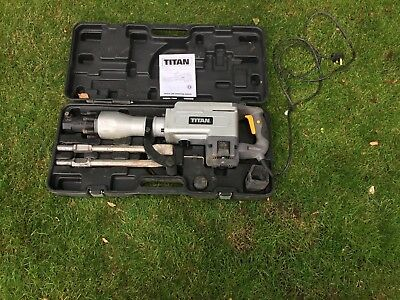 Titan Demolition Breaker TTB280DRH 1700w