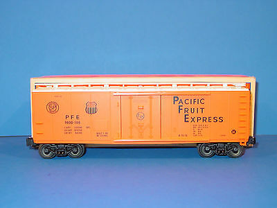 Lionel - # 6 - 17314  -  Pacific  Fruit  Express  Reefer  # 9800-198