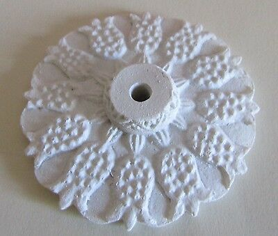 Pretty 55cm Ceiling Rose for the DOLLS HOUSE