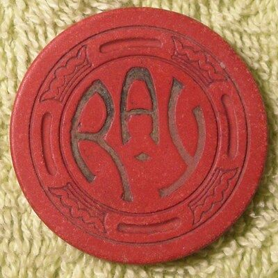 1 RAY poker chips large crown mold red