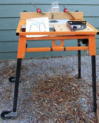 TRITON router top with matching stand