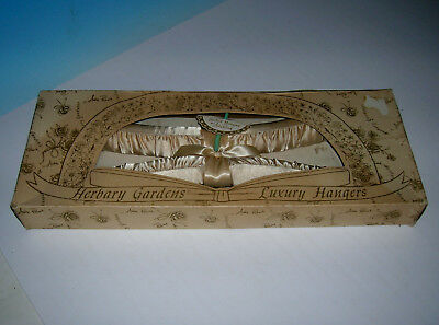 Vtg 1950's Herbary Gardens Luxury Clothes Hangers in Box Millinery Andre Richard
