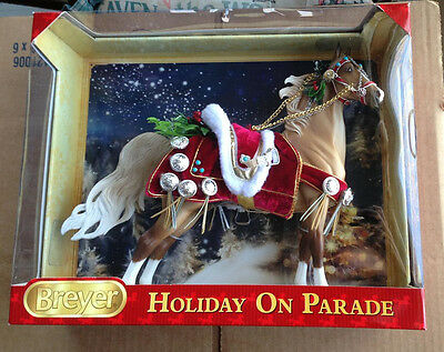BREYER Holiday on Parade #700116 2013 Christmas Horse american saddlebred mold