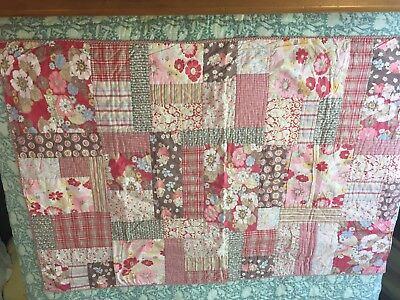 Room Seven Baby Quilt Girls 100x - 150 Cotton Patchwork Country Gingham