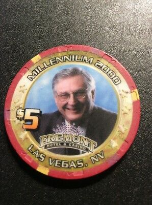 Fremont $5 Casino Chip- Boyd Gaming 2000- Free Shipping