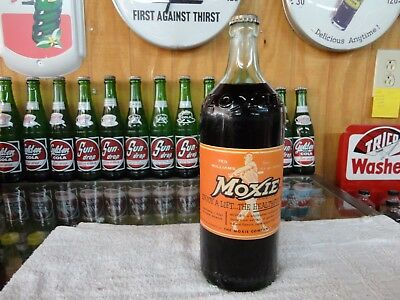 Moxie Ted Williams Boston Red Sox Paper Label Embossed 26 Oz Soda Bottle Full