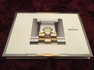 Rolex Watch Catalogue 2017 / 2018 - Oyster & Cellini - 9/2017 issue