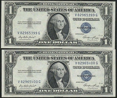 $1 1935E Silver Certificate Two Consecutive Notes Choice New Uncirculated 99-400