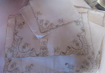 Set of 8 Vintage PORTAGUL 100% Linen Napkins & matching Placemats-New Old Stock