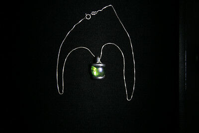 .925 Sterling Silver with Green Glass Pendant Womans Art Deco Necklace