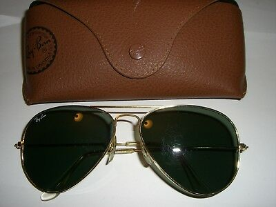 Vintage Ray Ban Aviator Sunglasses USA Gold 58 mm Frame Black Lens with RB Case
