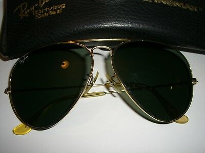 Vintage Ray Ban Aviator Sunglasses USA Gold 62 mm Frame Black Lens with RB Case