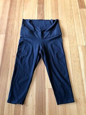 Target Collection Maternity Capris Size 14