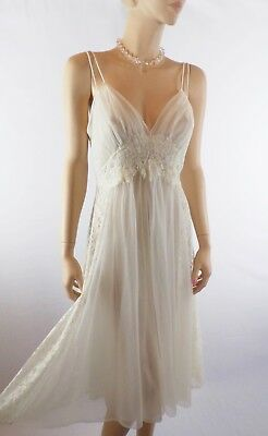 Vanity Fair Ivory Nightgown Ivory Lace Panels Soft Tricot Nylon ~34