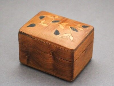 Vintage treen light wood inlaid floral small pin trinket box retro domed casket