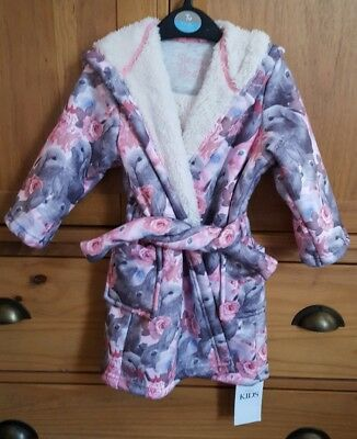 Lovely girls M&S dressing gown 12-18 months bnwt