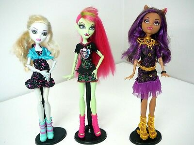 Monster High Dolls Clawdeen + Lagoona + Venus All Dressed With Shoes