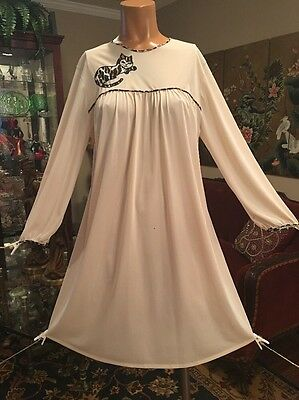Vintage Rare Vanity Fair Ivory Nightgown With Leopard Cat Appliqué Small- Large