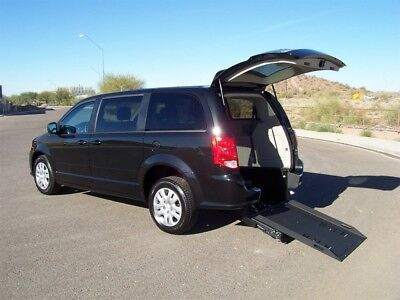 2017 Dodge Grand Caravan SE Wheelchair Handicap Mobility Van 2017 Dodge Grand Caravan SE Wheelchair Handicap Mobility Van Like New