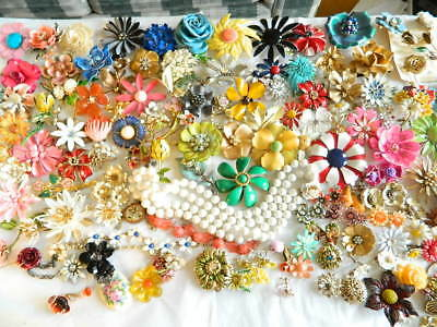 110+ Vintage Flower Power Pins etc. Weiss Sandor Tortolani ART Neck. Ear. Parts