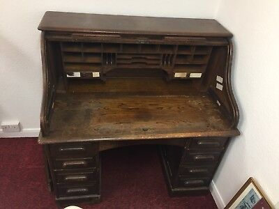 Antique roll top desk early 1900's
