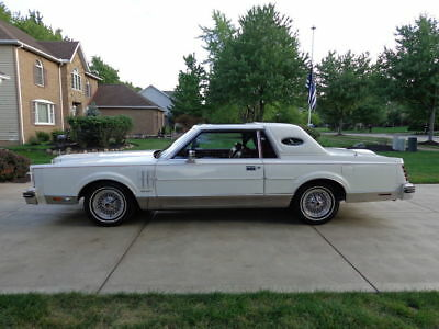 1981 Lincoln Mark Series chrome 1981 lincoln mk6 58,000 in mint 100% origonal ONE OF FIRST BUILT marty report