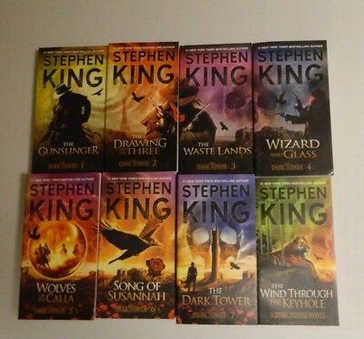 Stephen King Dark Tower Gunslinger 8 book lot with new 2017 covers + postcard