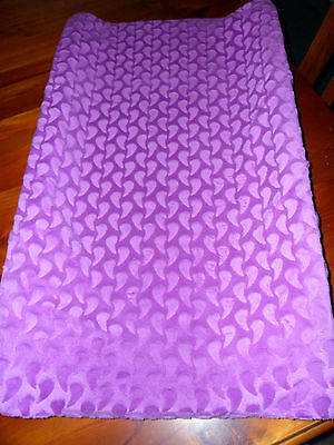 Violet raindrop coloured. Fitted and removable nappy change cover.