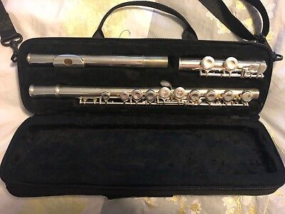 Nuova Flute Plus Stand Excellent Condition