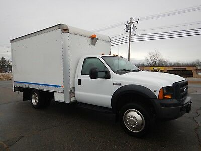 Ford F-550 XL 13ft Box Truck Utility Service V10 Gas Mobile Workshop 2WD 2007