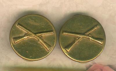 A Pair of WW 2 Infantry Pin Back Collar Disc