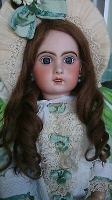 "Antique French Bebe Jumeau Child Doll, 1907 size 11, 24"", Stunning belle"