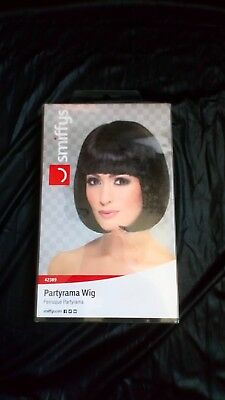 "BLACK SHORT 12"" BOB WITH FRINGE PARTYRAMA WIG ladies womens fancy dress costume"