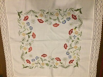 Beautiful Vintage Hand Embroidered Table Cloth With Lace Edging