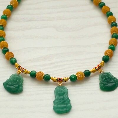 """*BEAUTIFUL GREEN JADE NECKLACE (19"""" LONG) with THREE PENDANTS."""