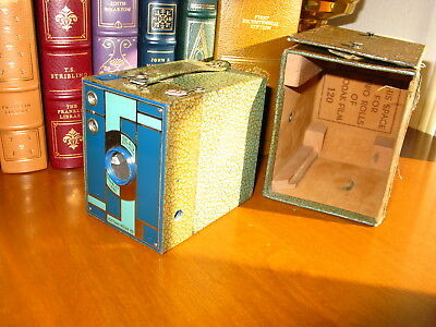 1930's Art Deco Kodak Beau Brownie with box