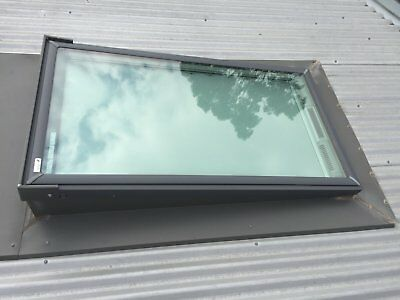 Velux Skylight 1400x800 with Solar blind (solar powered rechargeable battery)