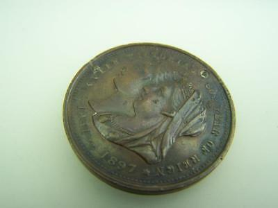 1897 Queen Victoria 60th year of reign Australia's celebrations medal       2902
