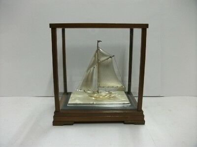 The sailboat of Silver of Japan. #50g/ 1.76oz. Japanese antique