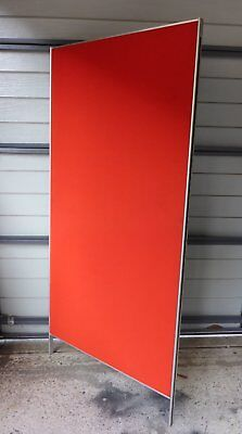 1 x Office partition divider - Pin Board - Red / Blue - APG Constructa