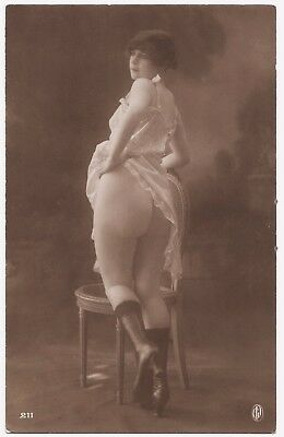 1910 Original French Real Photo PC Nude Voluptuous Girl Large Butt Jean Agelou