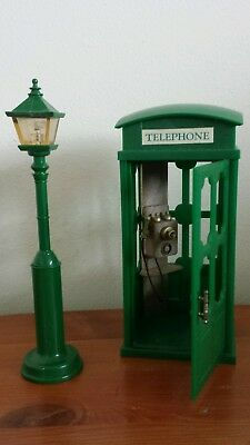 Sylvanian families vintage telephone box and lamp