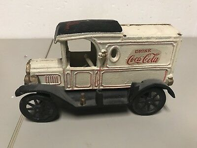 Vintage Cast Iron Coca-cola Delivery Truck Vehicle nice rare model T