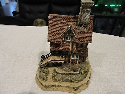 lace makers  cottage figurine by david winter